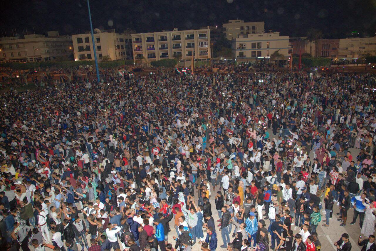 """أكادير بالصور : """"تيميتار """" يستقطب الآلاف في الافتتاح"""