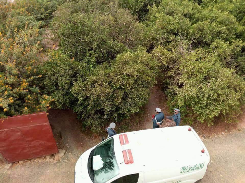 العثور على جثة شاب معلقة بجدع شجرة بأولاد تايمة