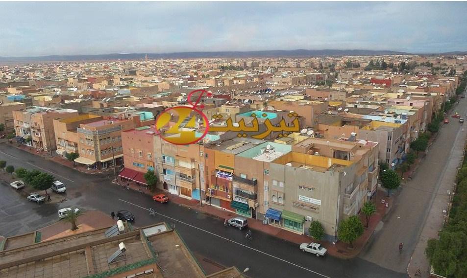 """الصرف الصحي يوقف عشرات المشاريع السكنية بـ""""عاصمة الفضّة"""""""