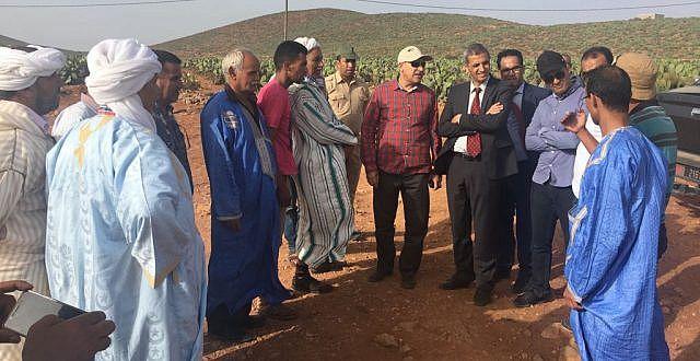 """""""الحسن الصديقي """" عامل اقليم سيدي افني يتفقد وضعية الحشرة التي هددت صبار الاقليم"""