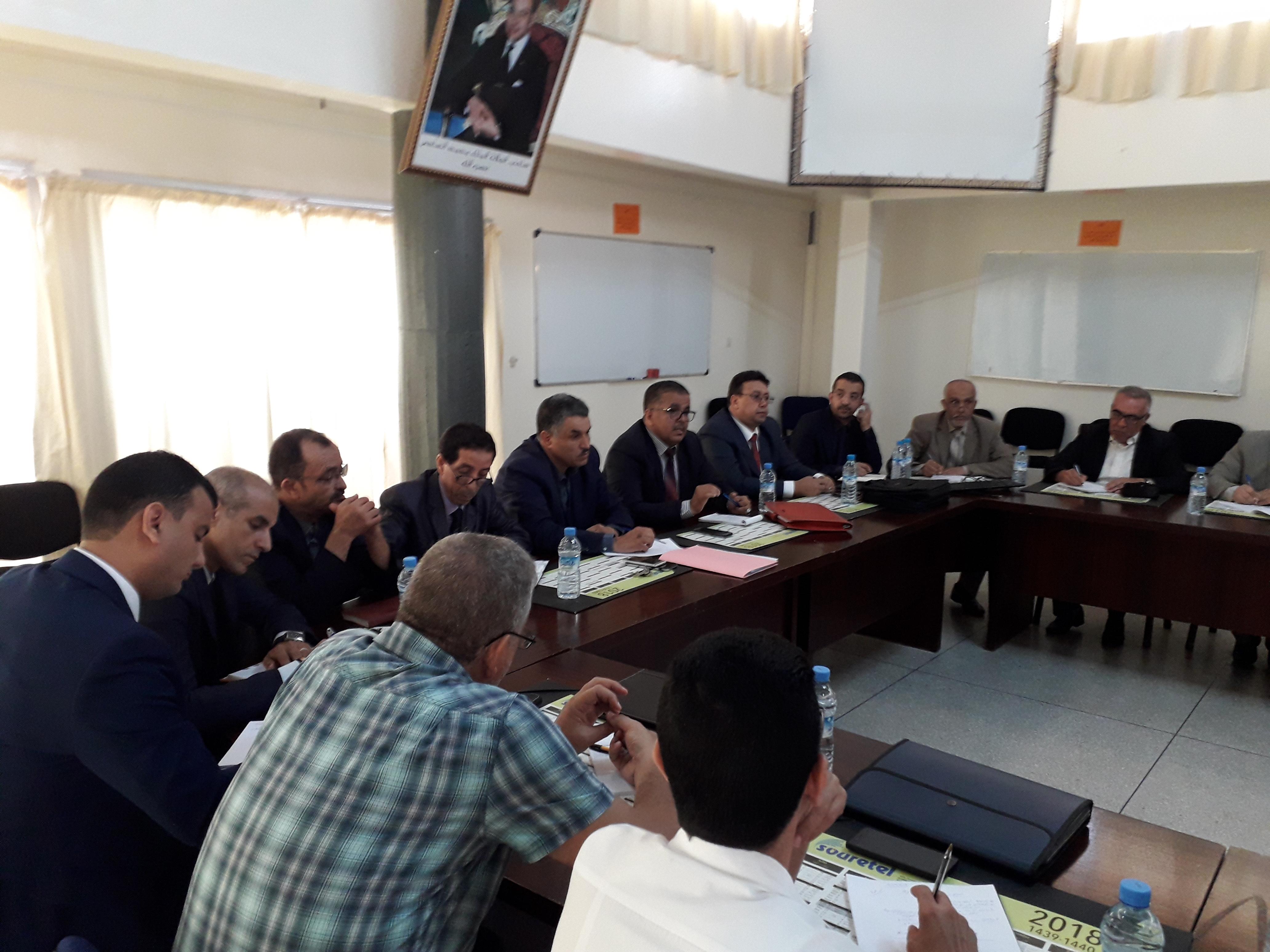 المدير الاقليمي لوزارة التعليم يعقد لقاءا تواصليا مع أطر المديرية حول اجراءات الدخول المدرسي