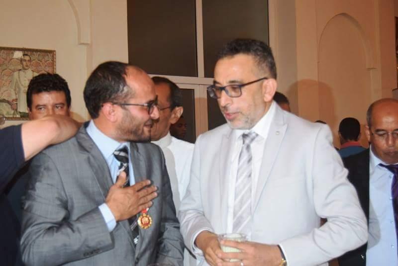 بالصور : المجلس الاقليمي لتيزنيت يكرم الاستاذ وهبي الحاصل على وسام ملكي