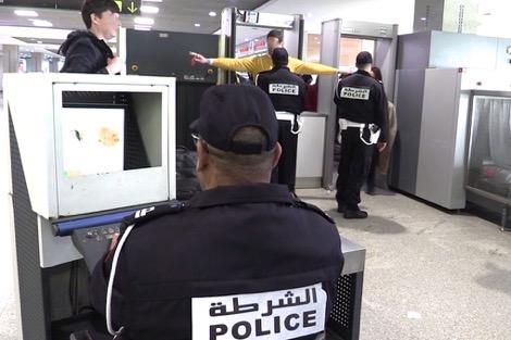 ابتدائية إنزكان تدين الشرطيين الذين سرقا هاتف سائح أجنبي بمطار أكادير المسيرة.