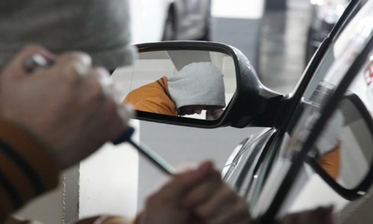 سرقة سيارة في ظروف غامضة بتيزنيت