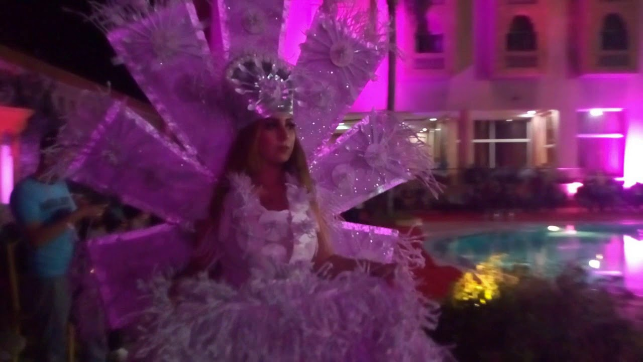 بالفيديو : أزياء مهرجان المراعي