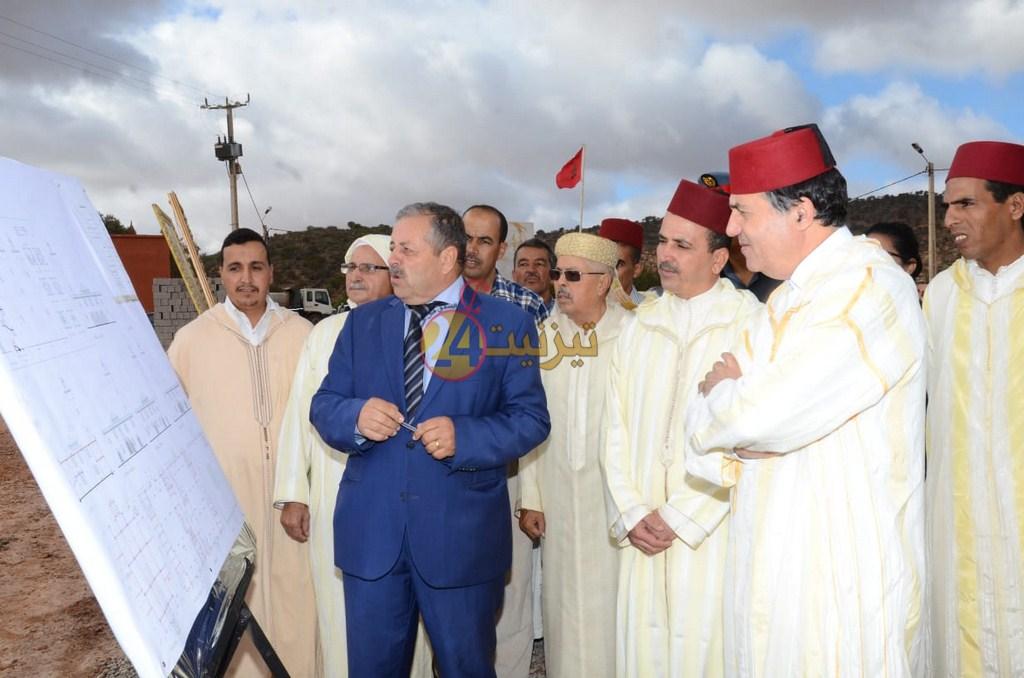 بالصور : عامل اقليم تيزنيت يحل بموسم سيدي بوعبدلي
