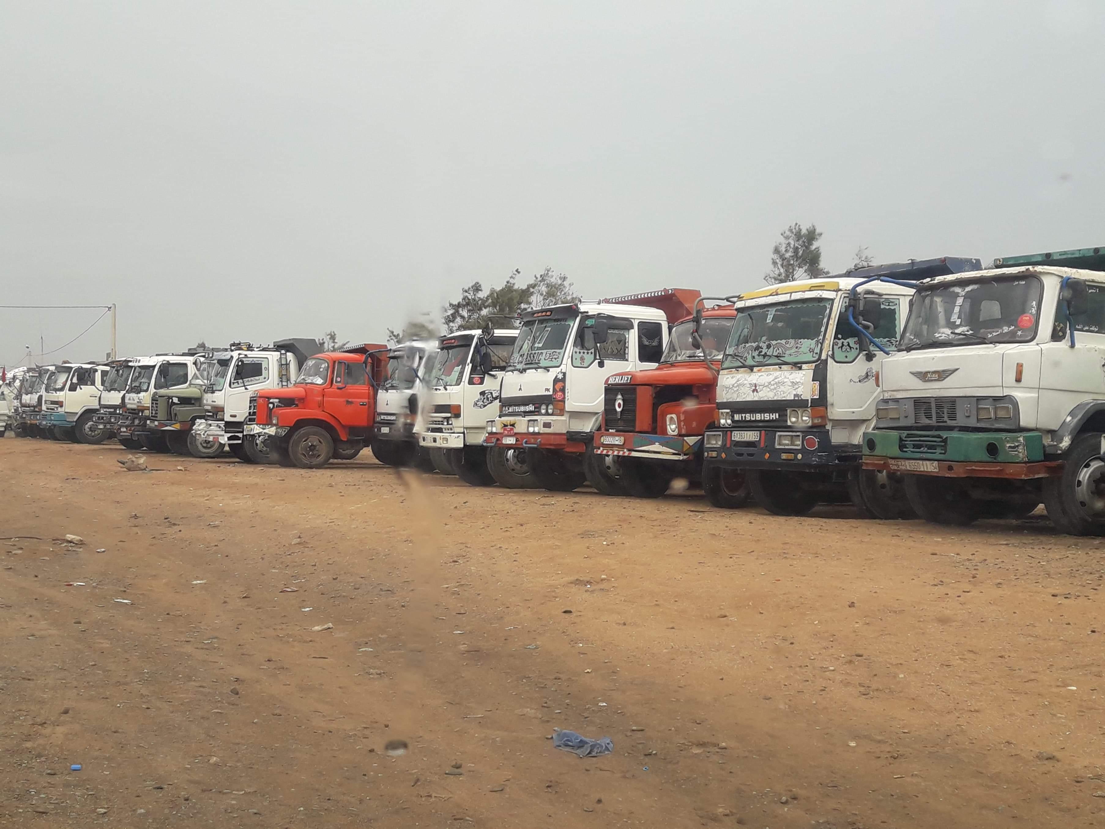 اشتوكن و إنزكان : CDT و ODT تدعوان إلى إضراب مفتوح لسائقي الشاحنات