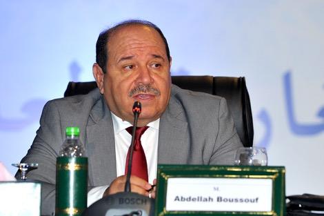 بوصوف يقتفي أثر العناية بشؤون مغاربة العالم في الخطب الملكية